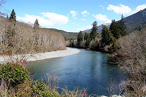 Kennedy River. Drive to Ocean Mist Guesthouse, Highway 4, Ucluelet, BC